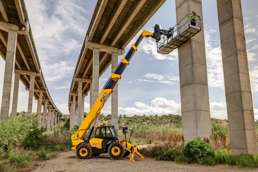 JCB Adds New Features to Improve Telehandler Safety